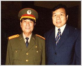 原中央军委副主席张万年接见李晓林先生